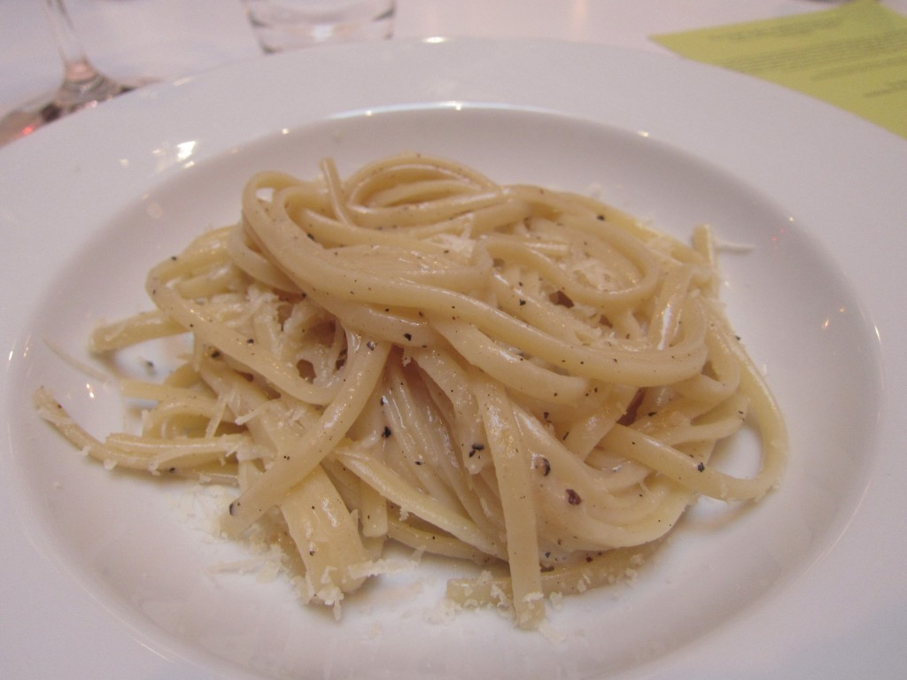 Incredible Bavette Cacio e Pepe