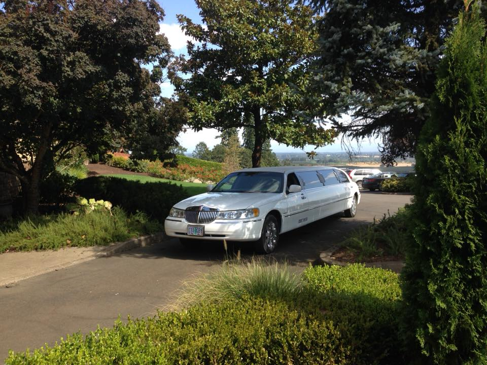 Photo courtesy of Bridge City Limos